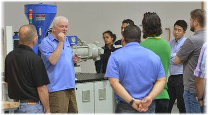 hands on injection molding training