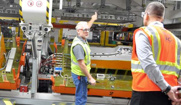 Paulson Training Programs Plastics News Magazine International Automotive Components